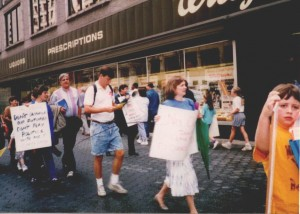 Parents protest Walgreens' opposition to fair school funding (1993)